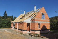 Střecha novostavby - Babina u Plas