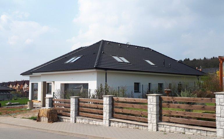 Střecha novostavby Losiná