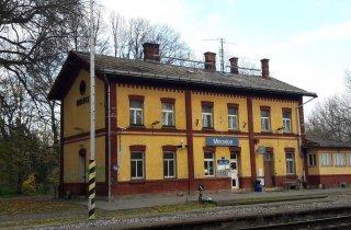nádraží Mirovice - původní stav střechy