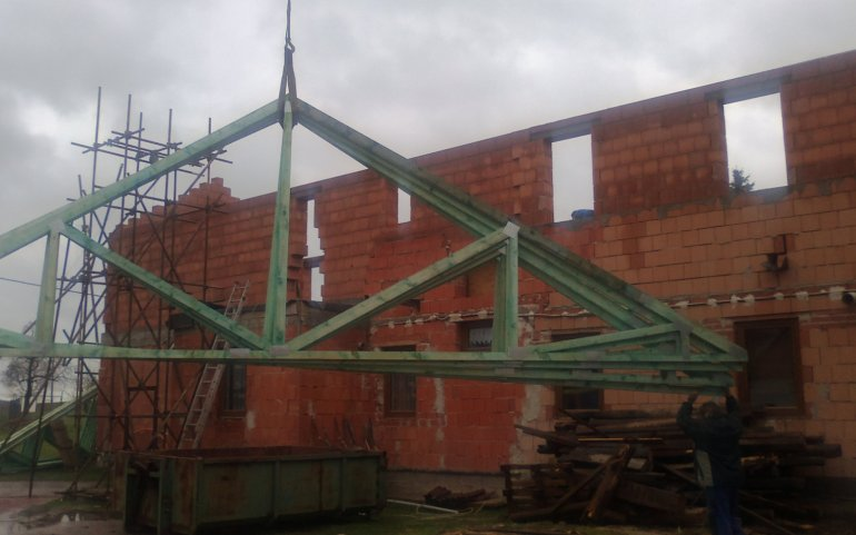 Střecha - sbíjené vazníky