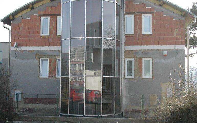 Kancelářská budova - fasády Naturmont