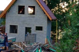 Střecha chatky - střechy Naturmont