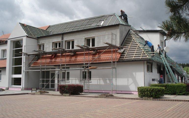 Střecha administrativní budovy