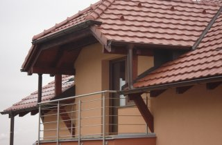 Detail střechy - Plzeň-Černice