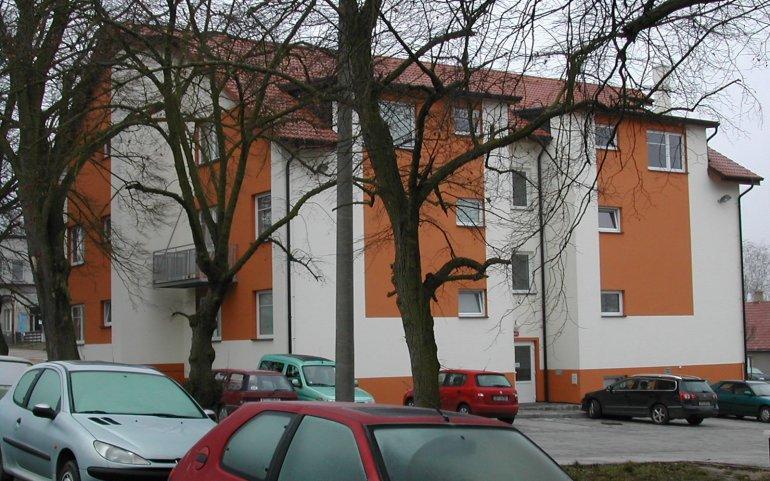 Střechy bytových domů - Tymákov u Plzně