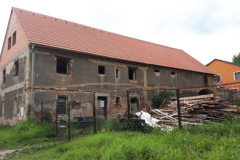 Oprava střechy zemědělského stavení - Plzeň