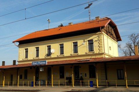 Oprava střechy nádraží - Starý Plzenec