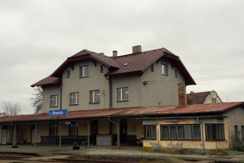 Rekonstrukce střechy nádraží - Branice