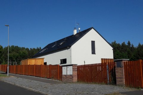 Střecha rodinného domu - Bramac Tegalit