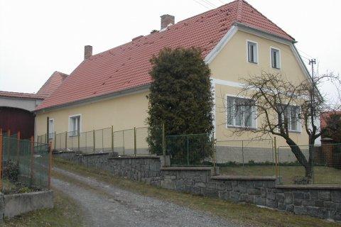 Rekonstrukce střechy rodinného domu - Svojšice