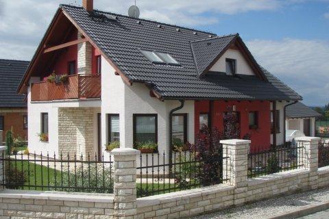 Střecha rodinného domu v Losiné u Plzně