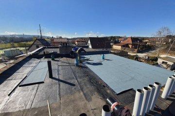 Rekonstrukce lepenkové střechy - Plzeň-Lhota